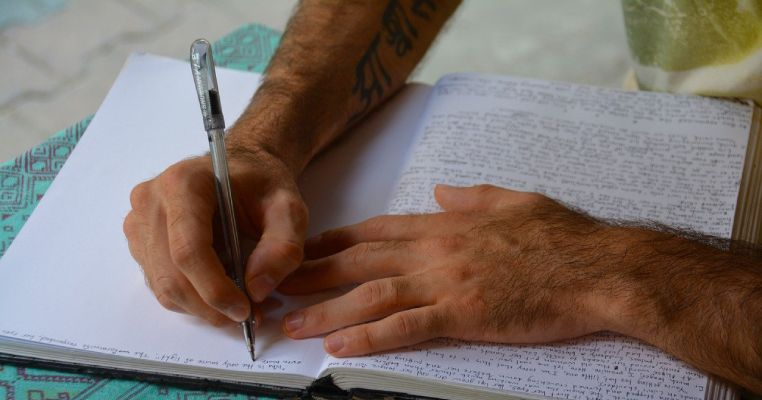 writing daily logs